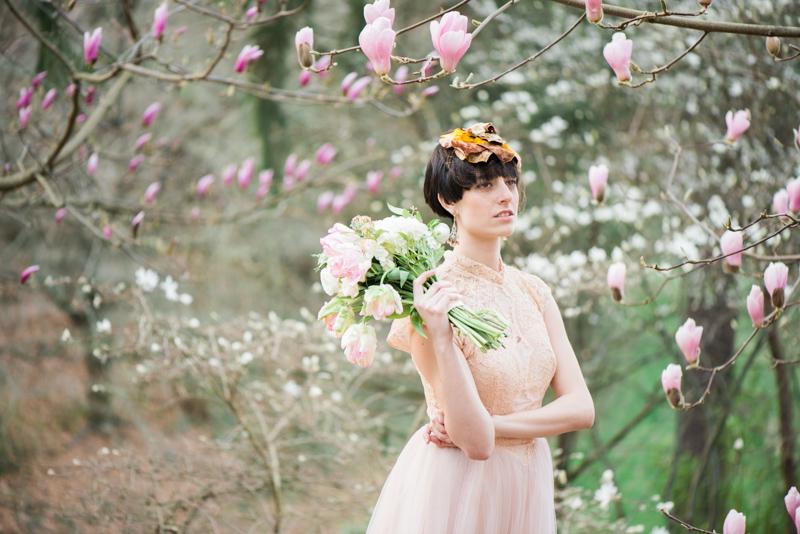 Oregon Magnolia Secret Garden Bridal - Lauryn Kay Photography (19)