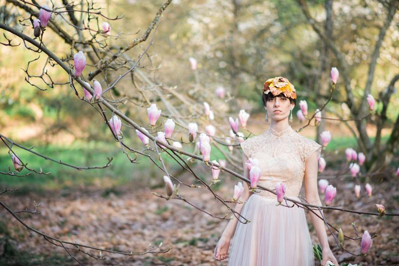 Oregon Magnolia Secret Garden Bridal - Lauryn Kay Photography (2)