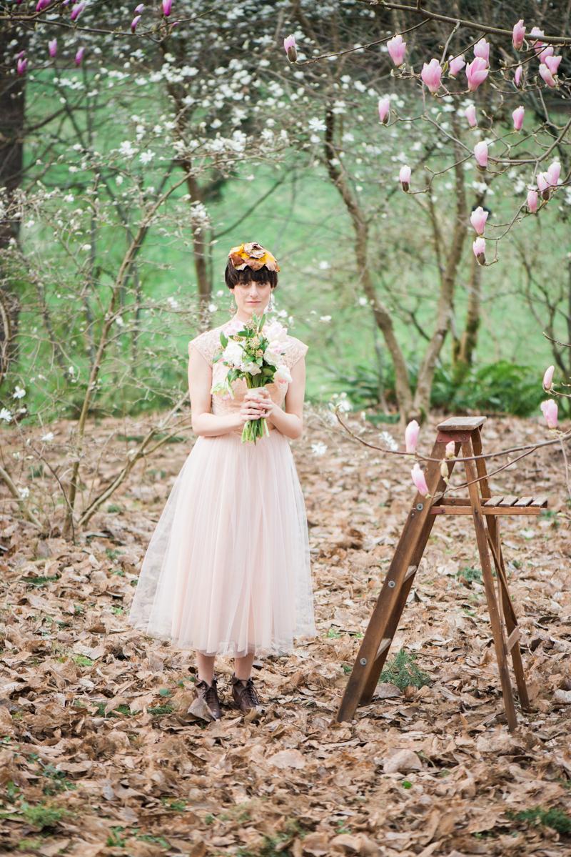 Oregon Magnolia Secret Garden Bridal - Lauryn Kay Photography (22)
