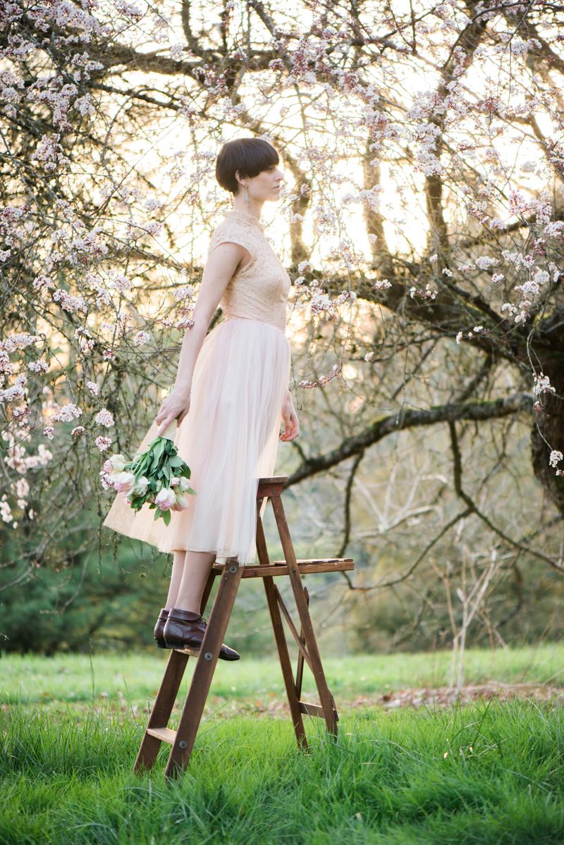 Oregon Magnolia Secret Garden Bridal - Lauryn Kay Photography (31)
