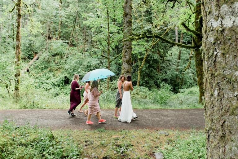 Oregon_Waterfall_Elopement_Wedding_Lauryn_Kay_Photography (1 of 1)