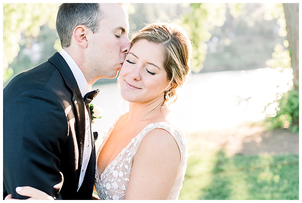 bridal portraits at the waverley country club along the water