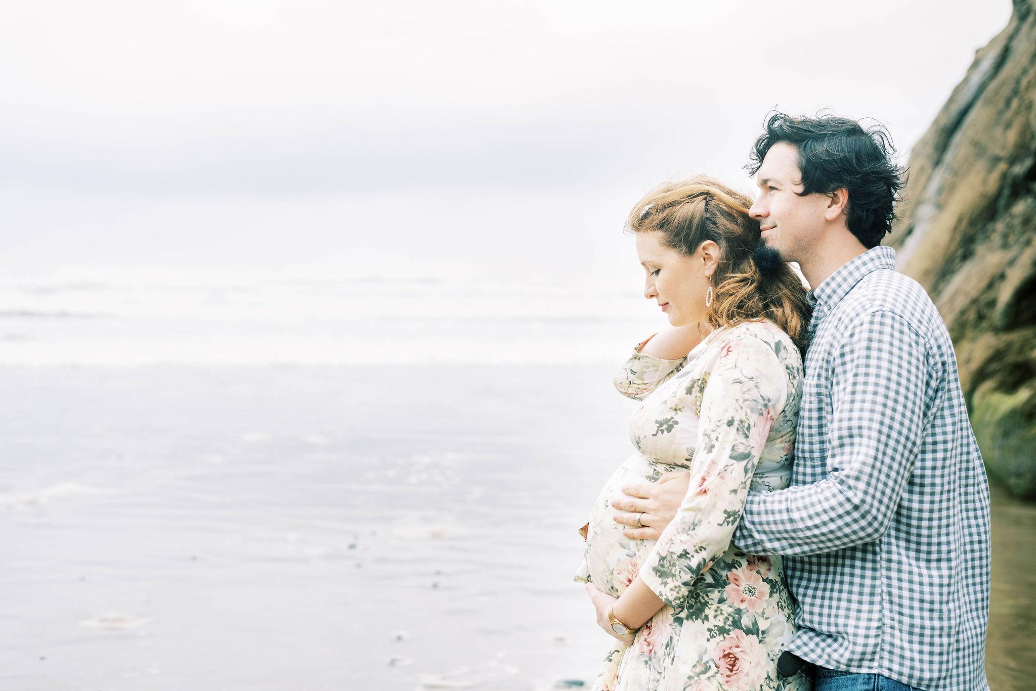 Oregon_Coast_Maternity_Session(11of17)